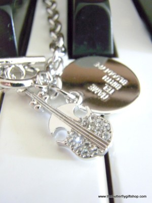 Stylish Violin Charm Bracelet