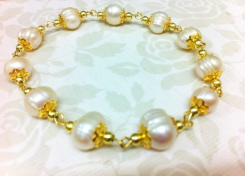 Handmade Pearls Bracelet – Classic