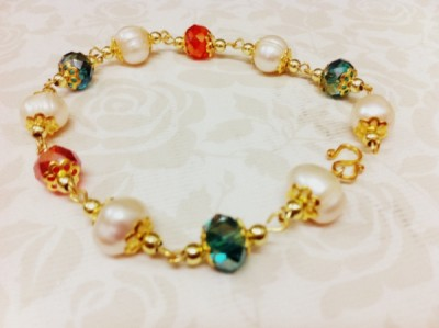 Handmade Pearls Bracelet – Multi-colour
