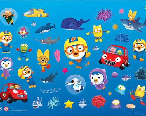 Pororo Colouring Block with Twist-Up Crayons